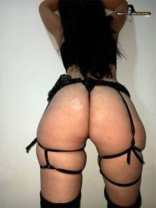 Daniela 316 777-5869 14
